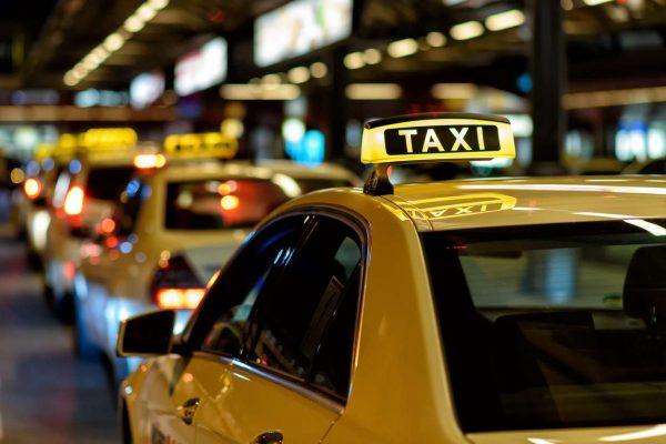 Как выбрать надежное такси в Харькове? фото